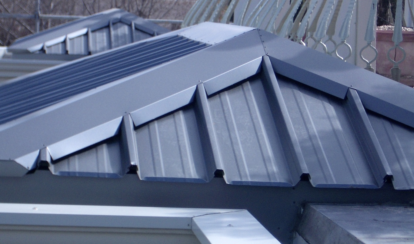 Blue Metal Roof Ridge Ventilator