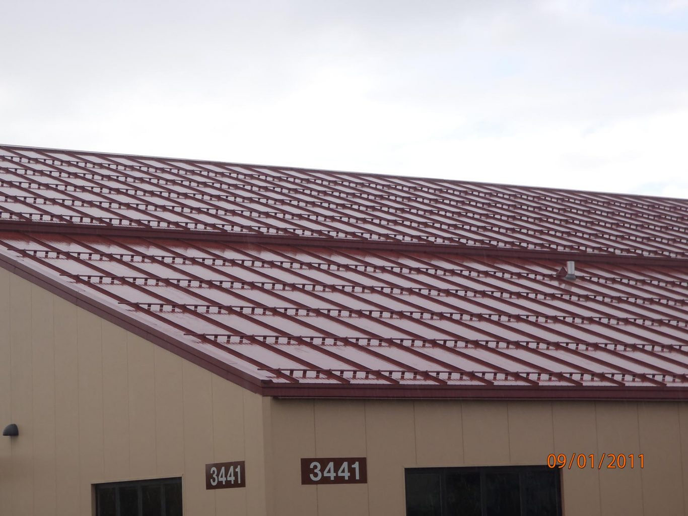 Brown Metal Roof Paint on a Budget