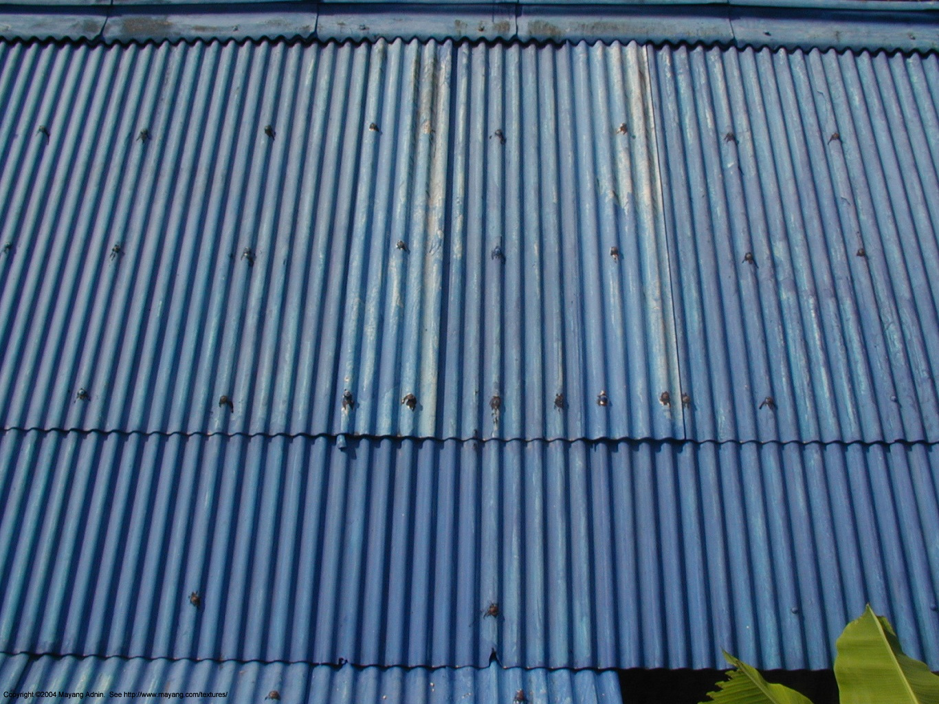 cheap arching corrugated metal roof