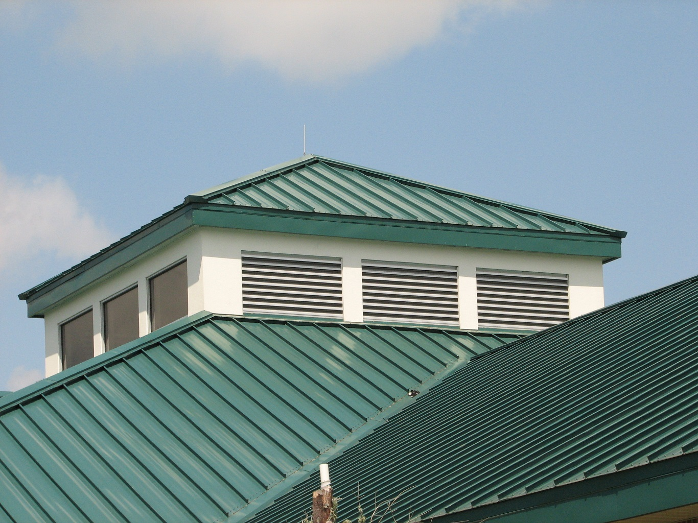 cheap building a corrugated metal roof