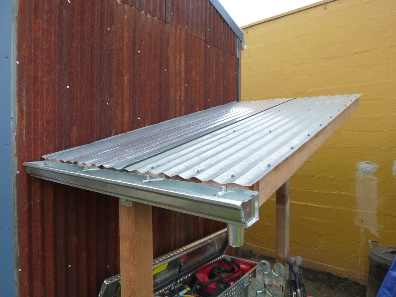 cheap corrugated metal roof closure strips