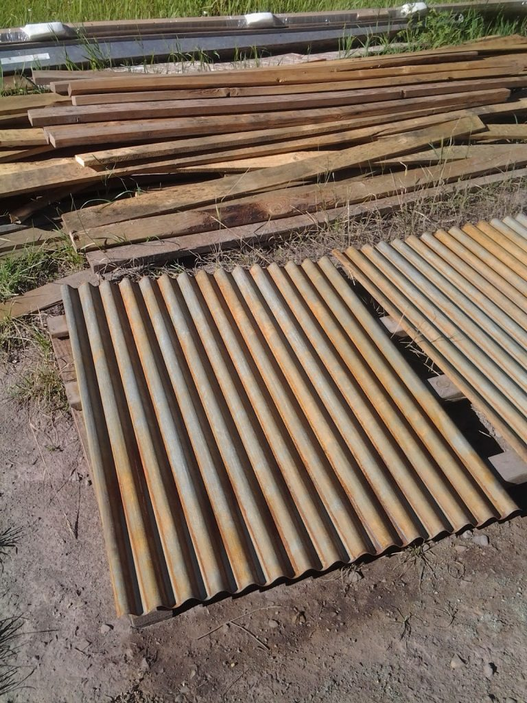 cheap corrugated metal roof construction