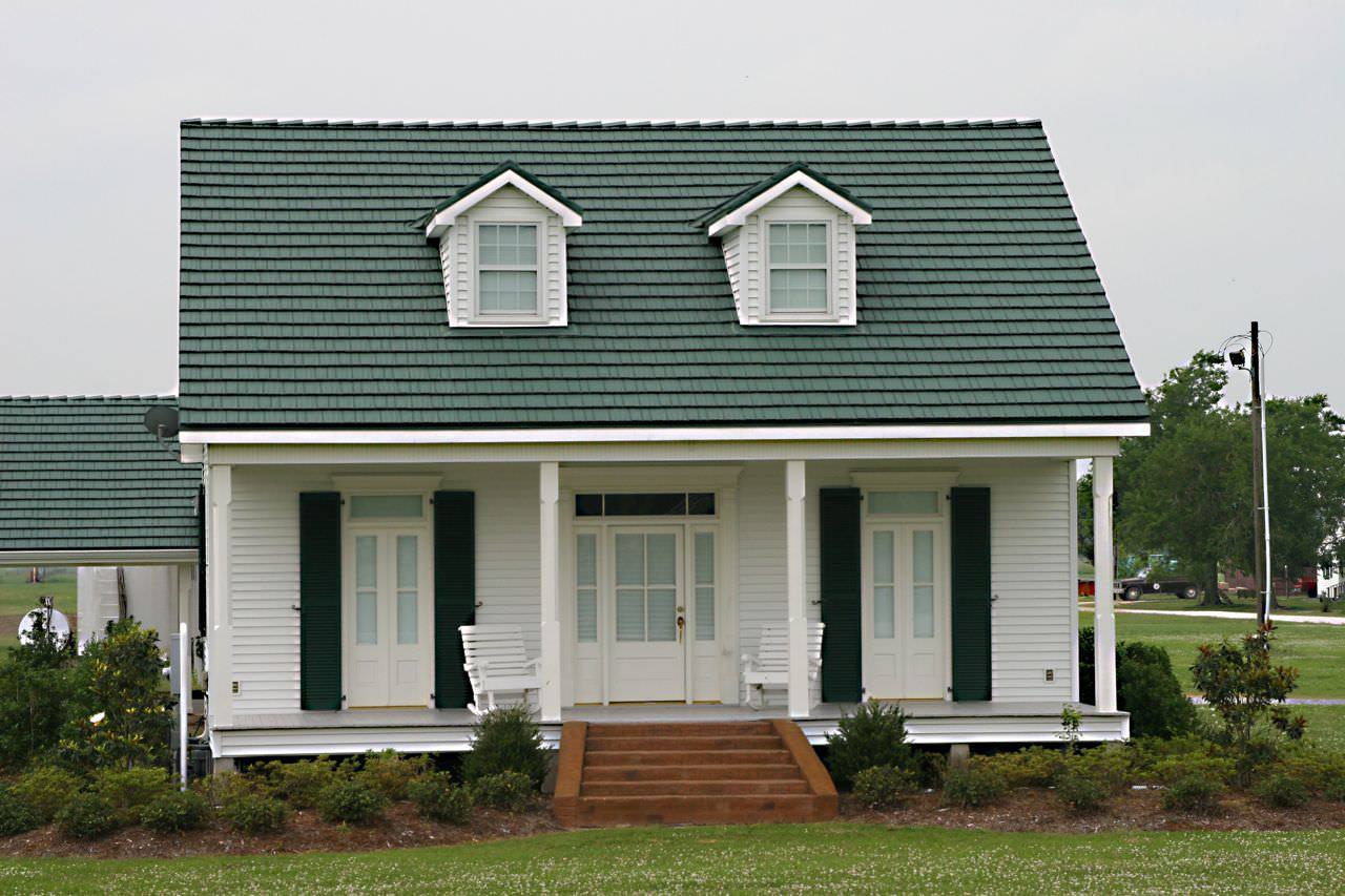 cheap cost of metal roof versus shingles canada