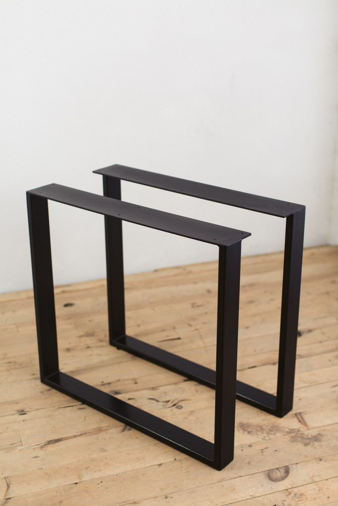 cheap metal table legs with casters