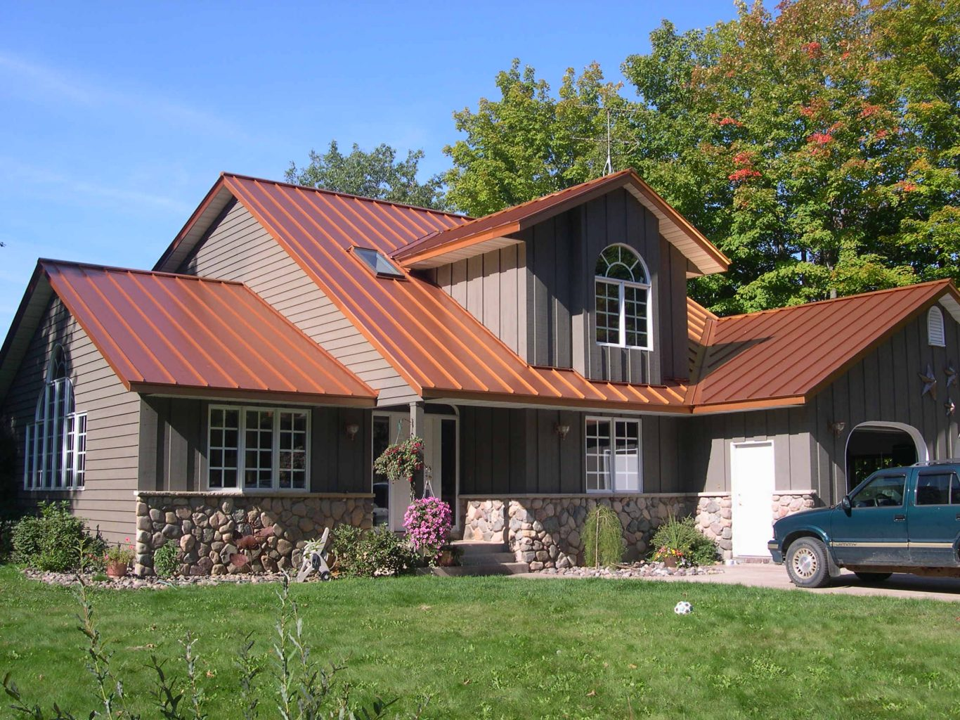 cheap standing seam metal roof gutter detail