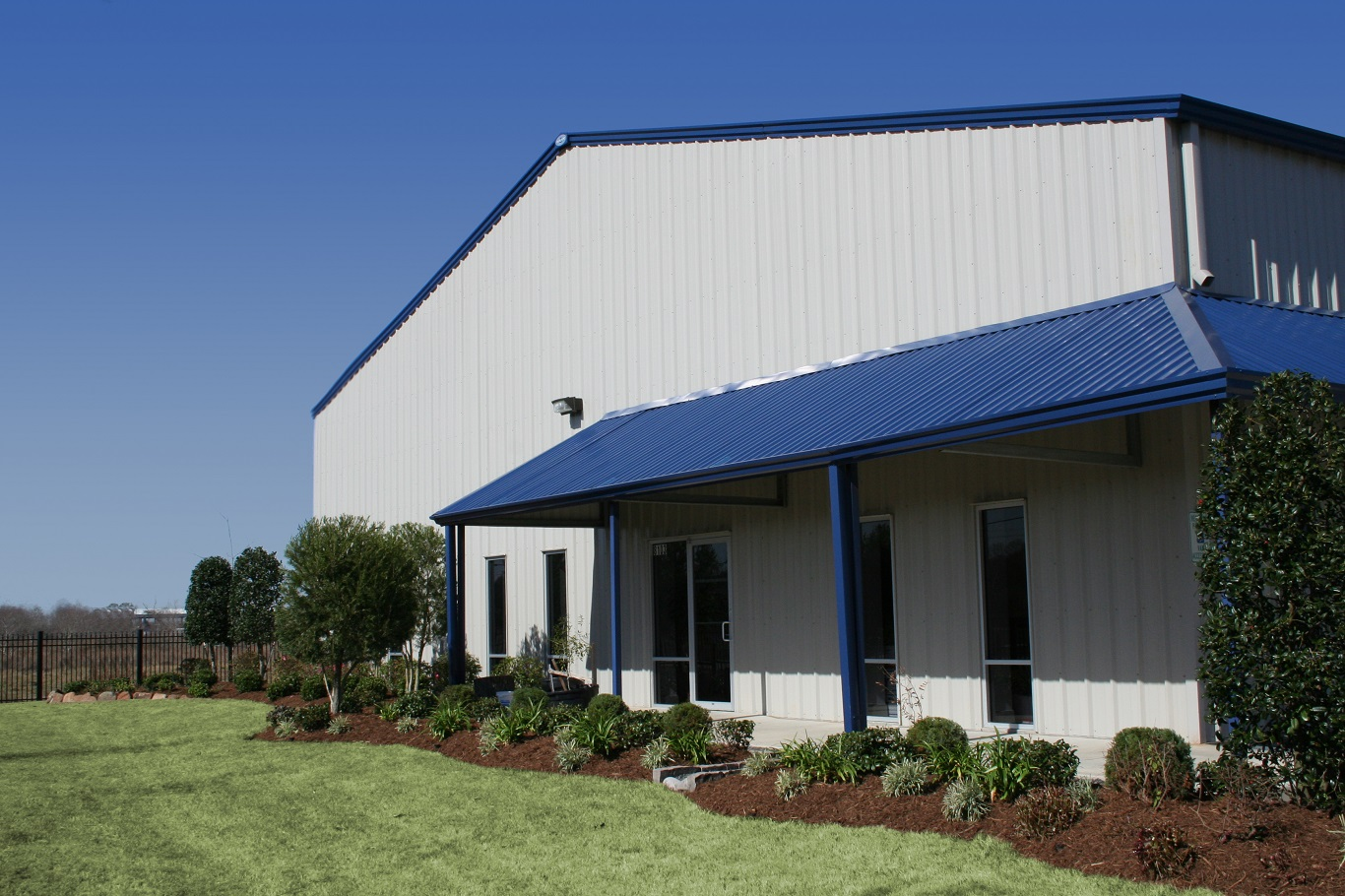 building a metal building on a budget