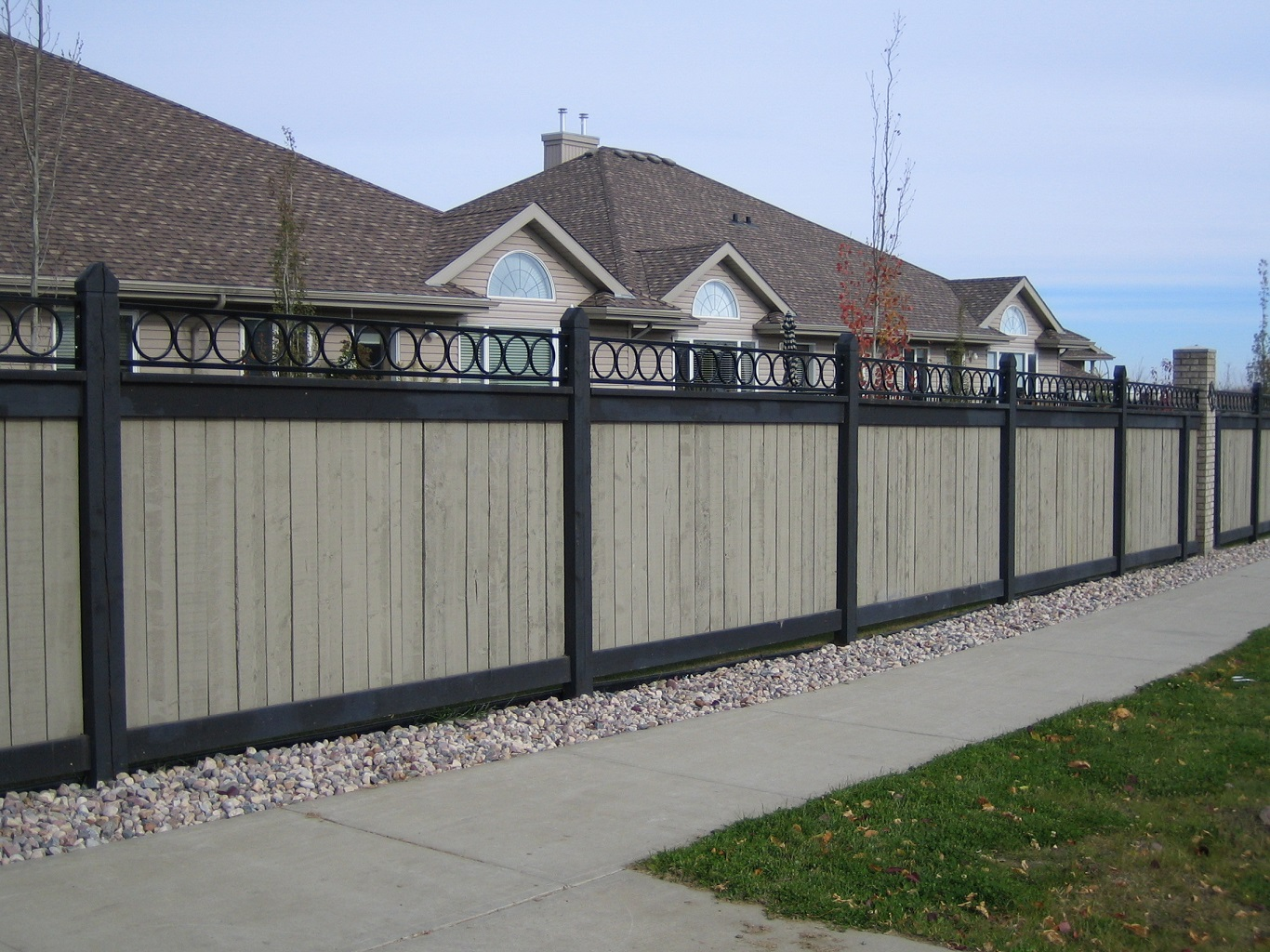 cheap corrugated metal privacy fence