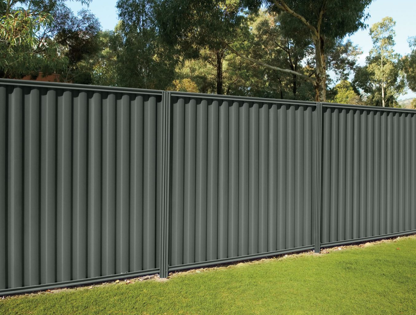 cheap corrugated steel privacy fence