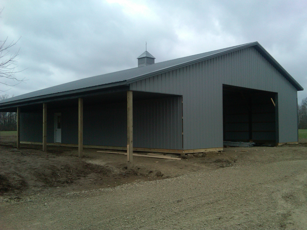 how much does a 40 x 60 metal building cost on a budget