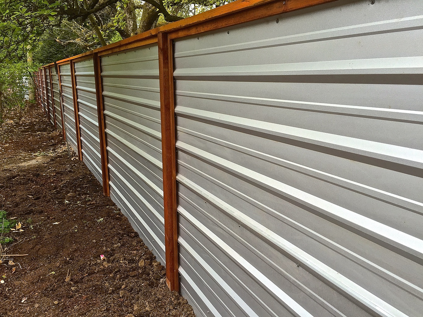 how to cut corrugated metal for crafts