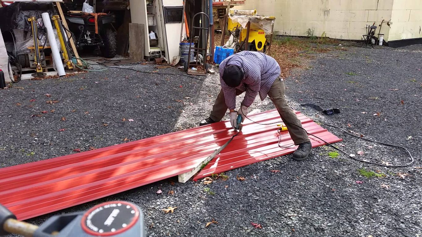 how to cut corrugated metal panels