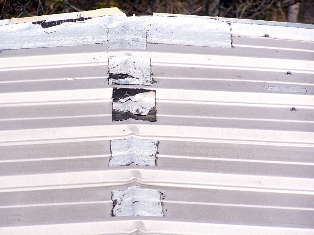 cheap corrugated metal roof leaks