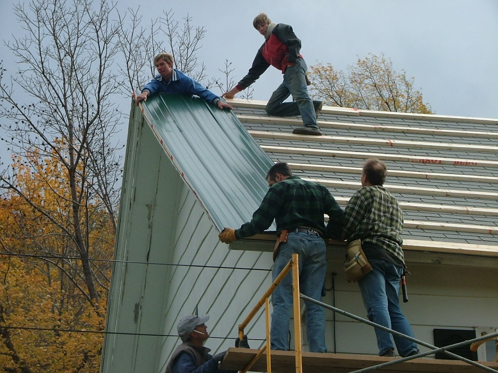 how to put a metal roof on a mobile home on a budget