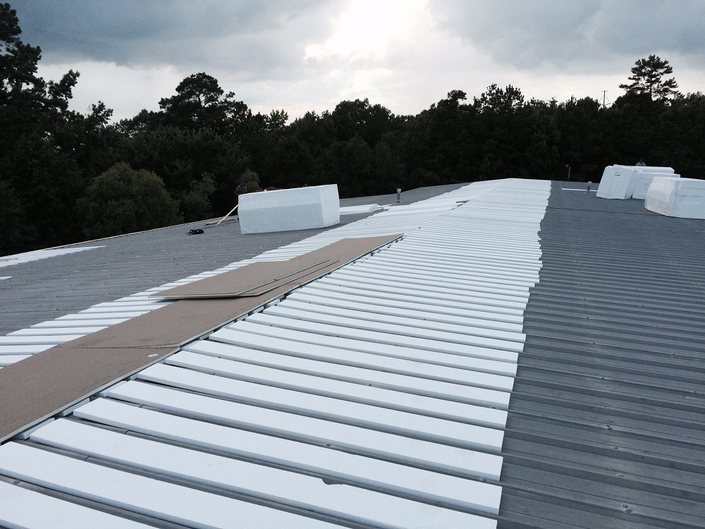 cheap metal roofing contractors in knoxville tn