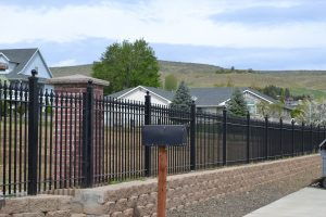 cheap used black metal fencing