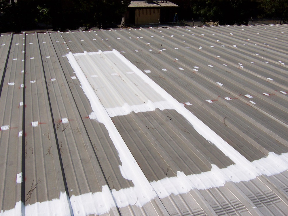 what are the benefits of a metal roofing